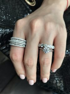 Best 8 Jewelry Christmas Gift Ideas for Her